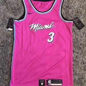 release date 644d1 94edf Dwyane Wade Miami Heat 2018/19 Jersey Pink SMALL NWT
